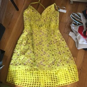 Lovers and friends yellow formal dress